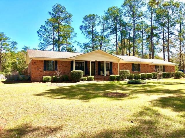 1409 10th Street, Moultrie, GA 31768 (MLS #130982) :: Lindy's Town and Country Real Estate | Keller Willimas Middle GA