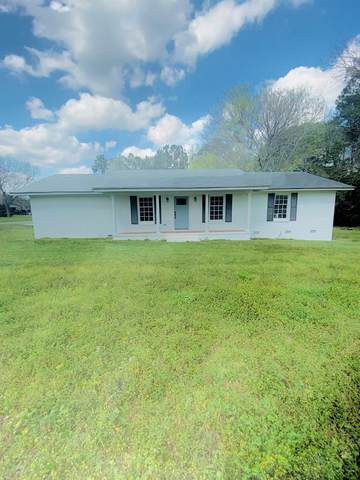 2813 Davis, Tifton, GA 31793 (MLS #131012) :: Lindy's Town and Country Real Estate | Keller Willimas Middle GA
