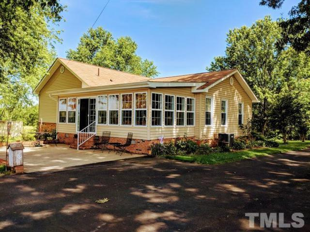 7150 Redlawn Road, Bracey, VA 23919 (#2193808) :: The Abshure Realty Group