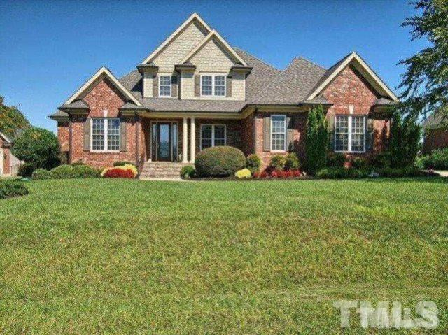 220 Lakecroft Place, Fuquay Varina, NC 27526 (#2196800) :: The Abshure Realty Group