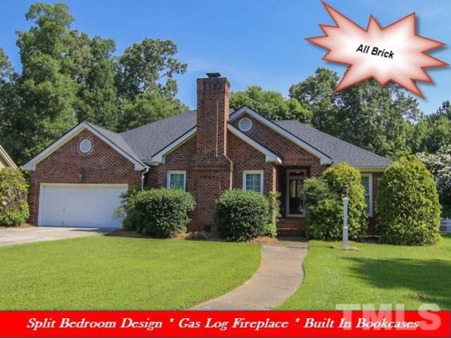 203 Parkway Drive, Smithfield, NC 27577 (#2199742) :: The Abshure Realty Group