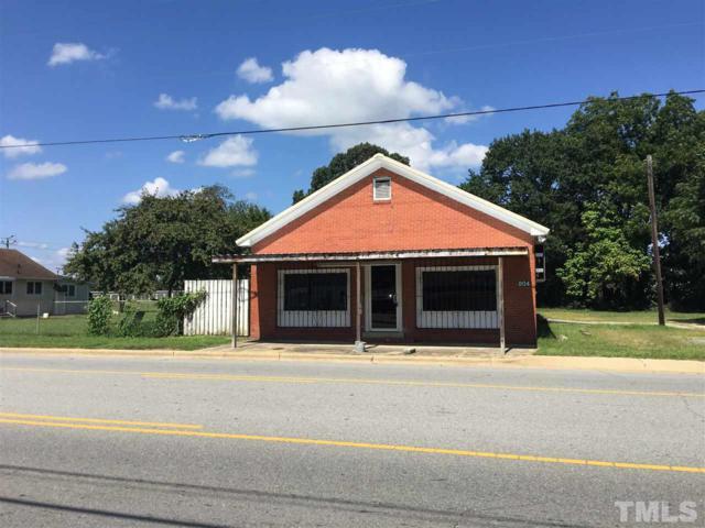 804 S Clinton Avenue, Dunn, NC 28334 (#2212162) :: Marti Hampton Team - Re/Max One Realty