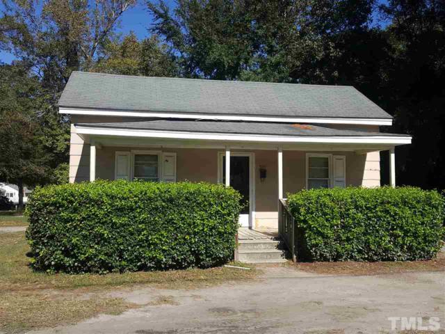501 E Vance Street, Dunn, NC 28334 (#2225376) :: Saye Triangle Realty