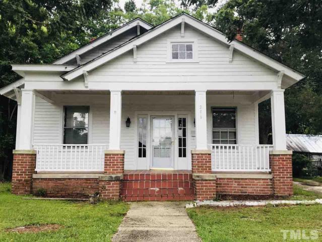 206 W Rose Street, Smithfield, NC 27577 (#2260719) :: The Beth Hines Team