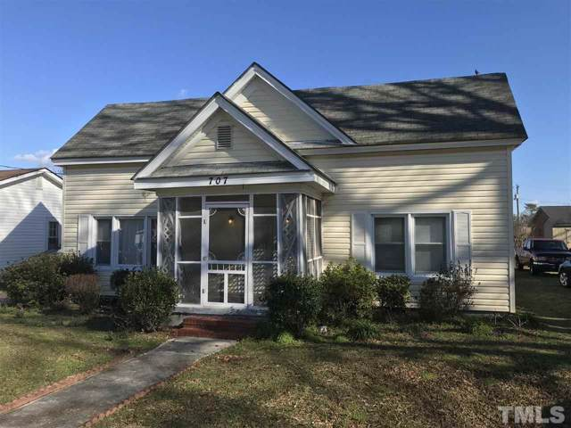 707 E Divine Street, Dunn, NC 28334 (#2298796) :: RE/MAX Real Estate Service