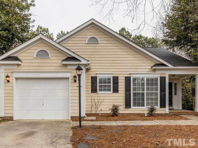 205 Hallwood Drive SE, Holly Springs, NC 27540 (#2302047) :: Raleigh Cary Realty