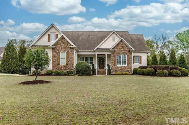 6600 Berry Meadow Court, Fuquay Varina, NC 27526 (#2311804) :: The Perry Group