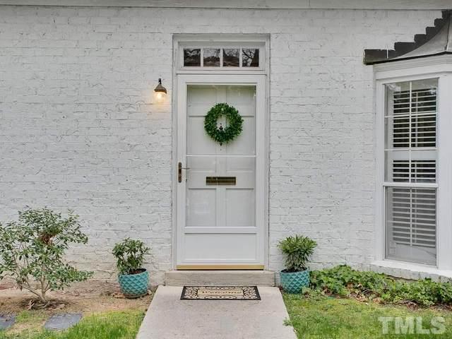 22 Banbury Lane #22, Chapel Hill, NC 27517 (#2315564) :: Team Ruby Henderson
