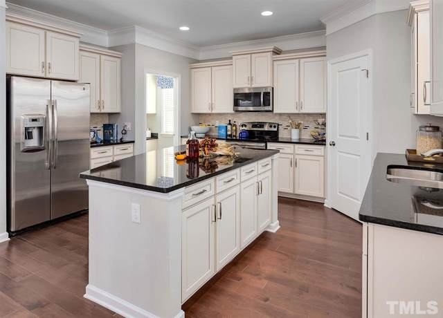 225 Cahors Trail #115, Holly Springs, NC 27540 (#2317754) :: Raleigh Cary Realty