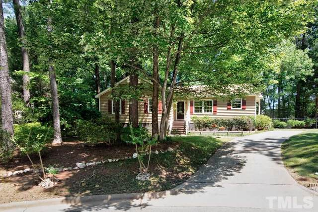 207 Esquire Lane, Cary, NC 27513 (#2322852) :: Team Ruby Henderson