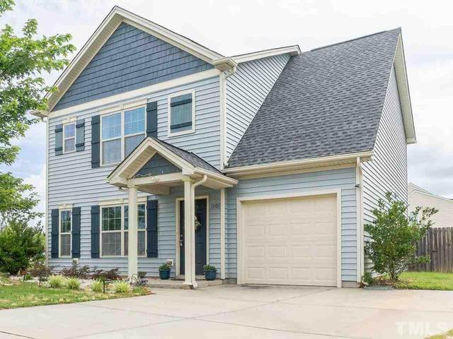 1001 Custom Oak Lane, Fuquay Varina, NC 27526 (#2327832) :: Classic Carolina Realty