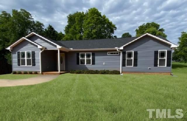 1805 Brier Lane, Graham, NC 27253 (#2328946) :: Realty World Signature Properties