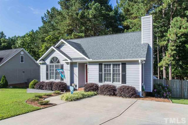 2813 Glastonbury Road, Apex, NC 27539 (#2330889) :: Spotlight Realty