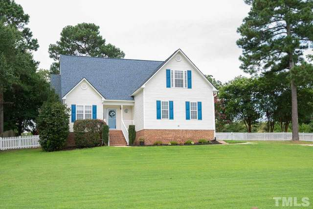 700 White Meadows Drive, Fuquay Varina, NC 27526 (#2335291) :: Raleigh Cary Realty