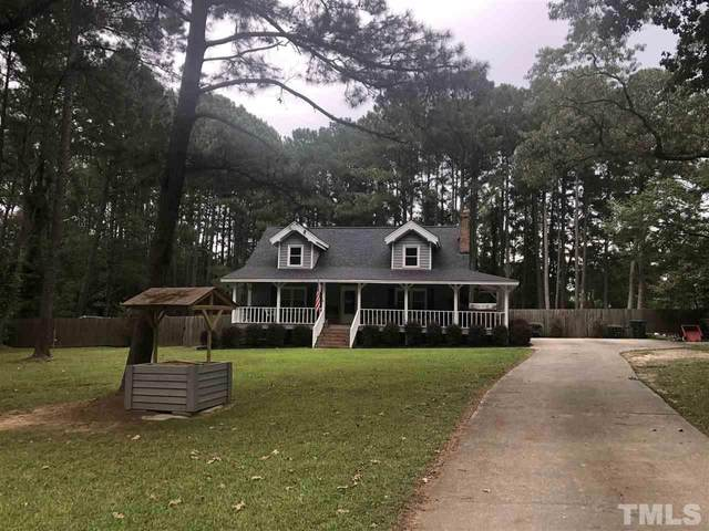 411 Meadow Drive, Fuquay Varina, NC 27526 (#2344872) :: Raleigh Cary Realty