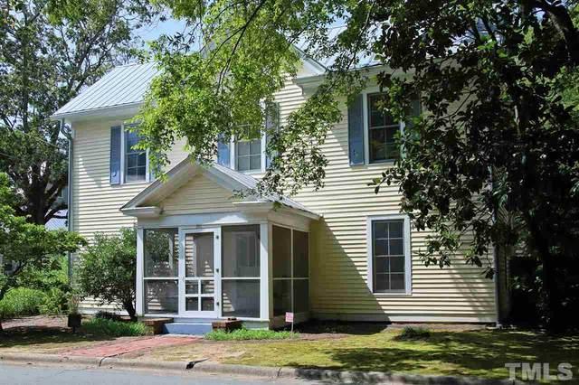301 Oak Avenue, Carrboro, NC 27510 (#2346272) :: Spotlight Realty