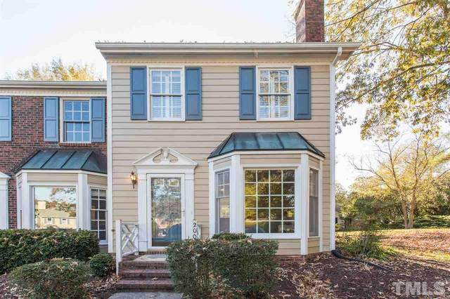 200 Standish Drive, Chapel Hill, NC 27517 (MLS #2354141) :: On Point Realty