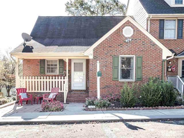 128 Church Street, Fuquay Varina, NC 27526 (#2354341) :: Raleigh Cary Realty