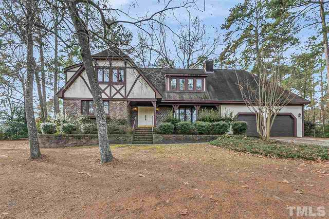 5342 Club House Lane, Hope Mills, NC 28348 (#2355572) :: Real Estate By Design