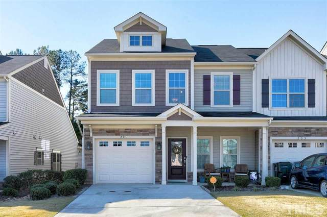 201 Beaconwood Lane, Holly Springs, NC 27540 (#2356033) :: The Rodney Carroll Team with Hometowne Realty