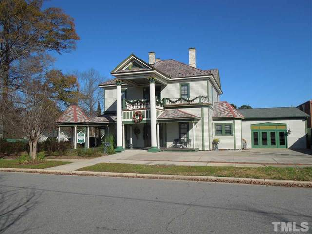 201 E Hill Street, Benson, NC 27504 (#2356207) :: Masha Halpern Boutique Real Estate Group
