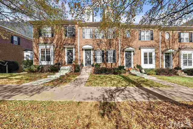 122 W Savannah Ridge Road, Holly Springs, NC 27540 (#2356296) :: The Rodney Carroll Team with Hometowne Realty