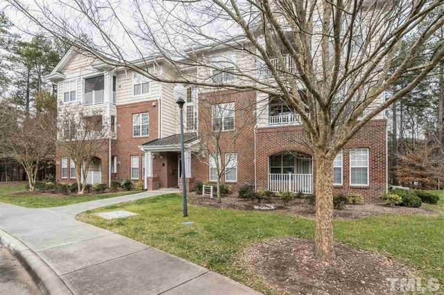 921 Providence Glen Drive #102, Chapel Hill, NC 27514 (#2362019) :: Sara Kate Homes