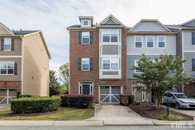 611 Carlton Commons Lane, Cary, NC 27519 (#2369186) :: Saye Triangle Realty