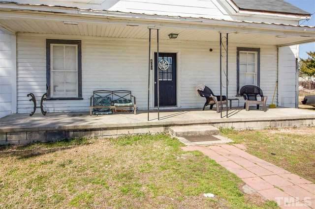 407 N King Avenue, Dunn, NC 28334 (MLS #2369441) :: The Oceanaire Realty