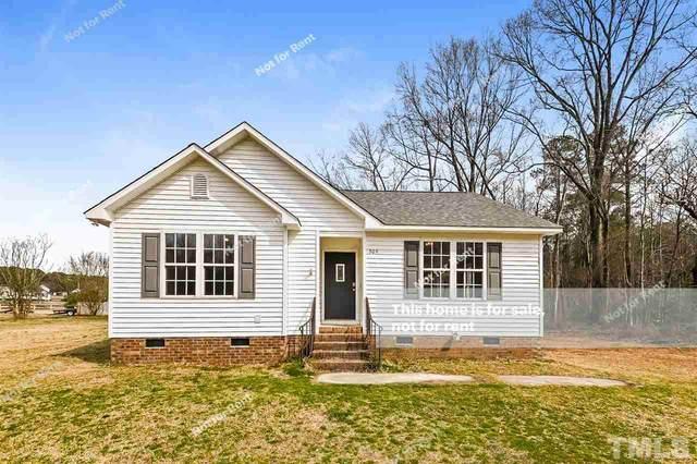 305 Melanie Court, Clayton, NC 27520 (#2369453) :: Classic Carolina Realty