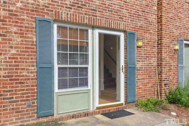 125 Chaucer Court, Carrboro, NC 27510 (#2370028) :: Real Estate By Design