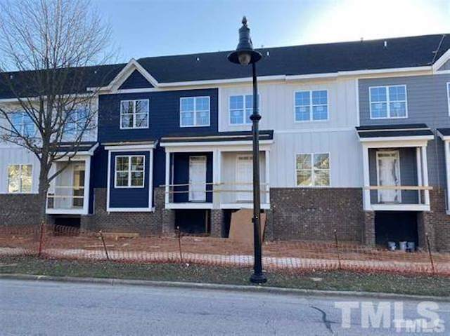 829 S Franklin Street, Wake Forest, NC 27587 (#2375356) :: Sara Kate Homes