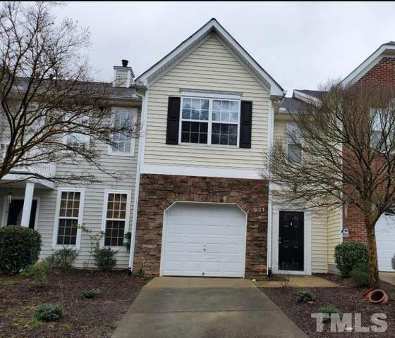 931 Shining Wire Way, Morrisville, NC 27560 (#2376782) :: Rachel Kendall Team