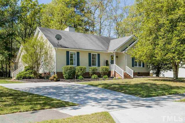 405 Wyndham Drive, Fuquay Varina, NC 27526 (#2377521) :: The Rodney Carroll Team with Hometowne Realty