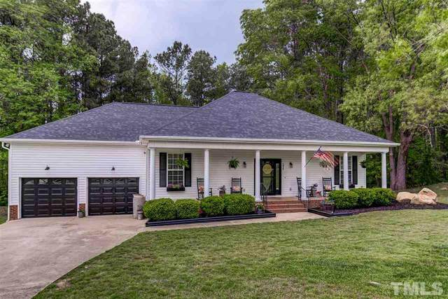 208 Hunting Lodge Road, Clayton, NC 27520 (#2377979) :: The Beth Hines Team