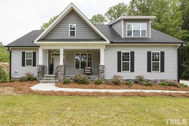 211 Long Street, Fuquay Varina, NC 27526 (#2381629) :: Dogwood Properties