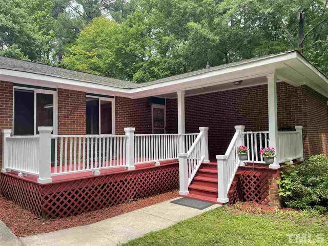 119 Pinoak Court, Chapel Hill, NC 27514 (#2382910) :: The Perry Group
