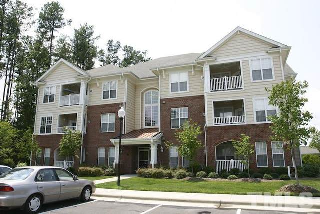 534 Ives Court #534, Chapel Hill, NC 27514 (#2384251) :: Marti Hampton Team brokered by eXp Realty