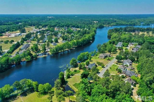 1045 N Lakeside Drive, Smithfield, NC 27577 (#2386339) :: Log Pond Realty