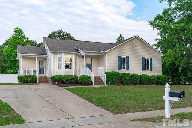 904 S Phillips Pointe Drive, Fuquay Varina, NC 27526 (#2386467) :: Dogwood Properties