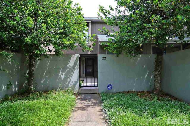 22 Weybridge Place, Chapel Hill, NC 27517 (#2388631) :: M&J Realty Group