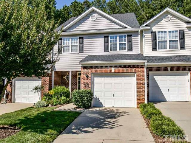 2017 White Pond Court, Apex, NC 27523 (#2390169) :: M&J Realty Group