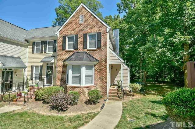 5 Forest Glen Drive #5, Chapel Hill, NC 27517 (#2390491) :: Marti Hampton Team brokered by eXp Realty
