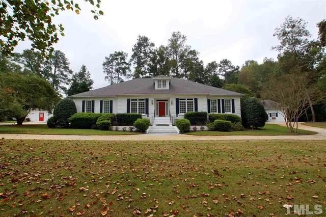 5013 Hanna Lane, Fuquay Varina, NC 27526 (#2391114) :: Dogwood Properties