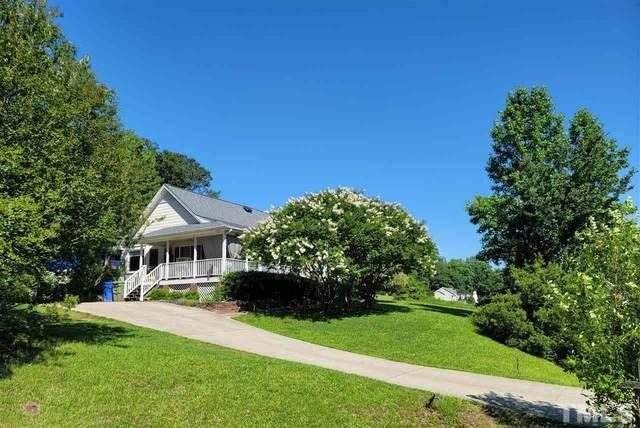 824 Alderleaf Drive, Fuquay Varina, NC 27526 (#2391226) :: Dogwood Properties
