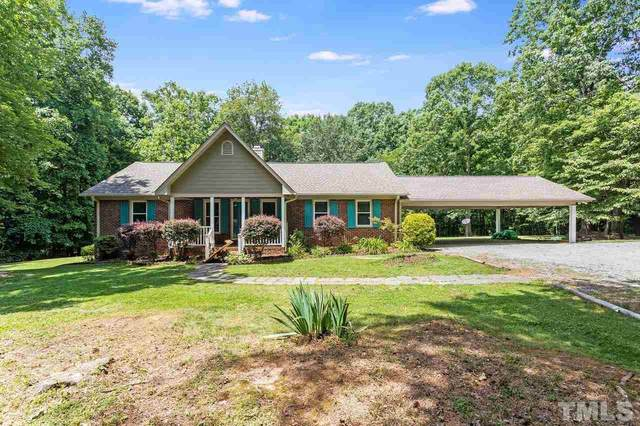 2547 Comanche Trail, Hillsborough, NC 27278 (#2392948) :: The Perry Group