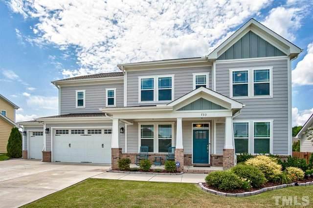 733 Kerr Lake Drive, Fuquay Varina, NC 27526 (#2398577) :: Choice Residential Real Estate
