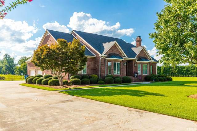 400 Canterbury Drive, Dunn, NC 28334 (MLS #2403294) :: The Oceanaire Realty