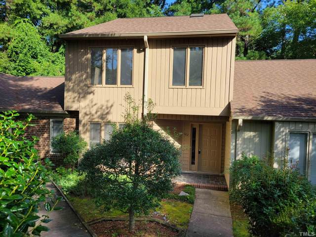 102 Beaver Dam Court, Chapel Hill, NC 27514 (#2404506) :: Raleigh Cary Realty