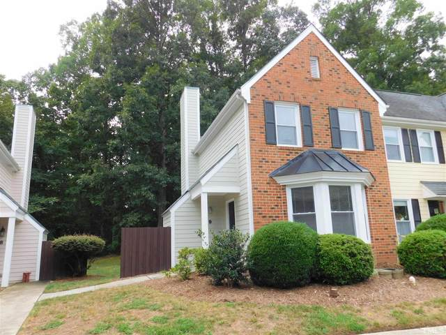 1 Forest Glen Drive #9, Chapel Hill, NC 27517 (#2405401) :: The Blackwell Group